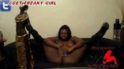 Freaky Girls Room download